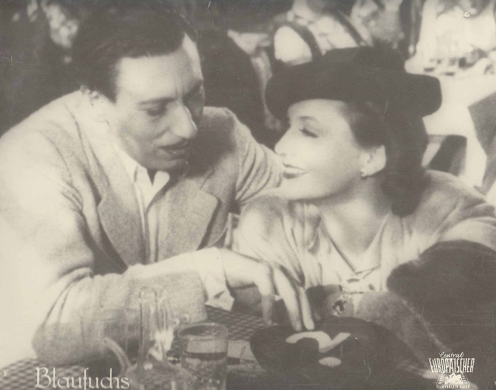 "38b120cc  Zarah Leander und Willy Birgel in dem Film ""Der Blaufuchs"" 1938"